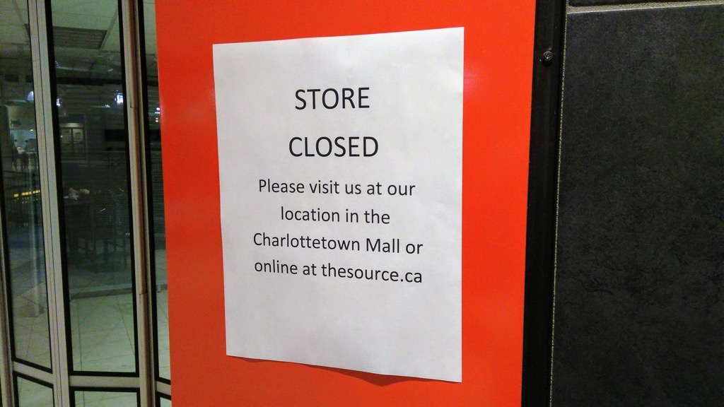 Photo of closed sign for The Source,  in Confederation Court Mall
