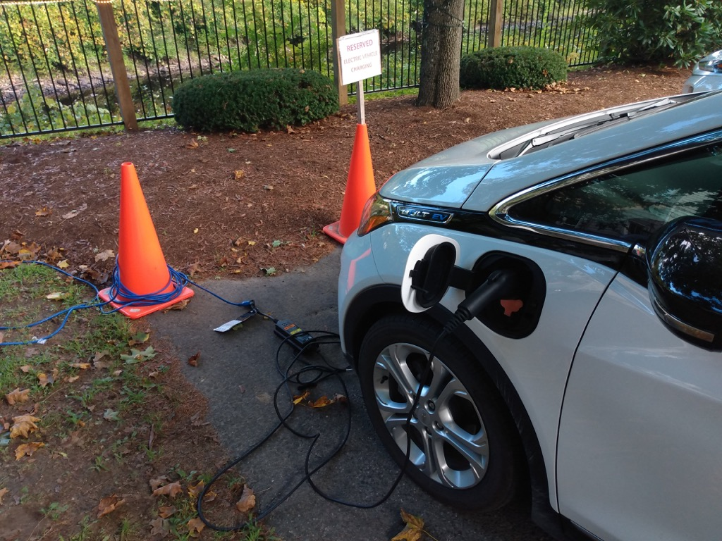 Jack Daniels Motor Inn EV charging parking space