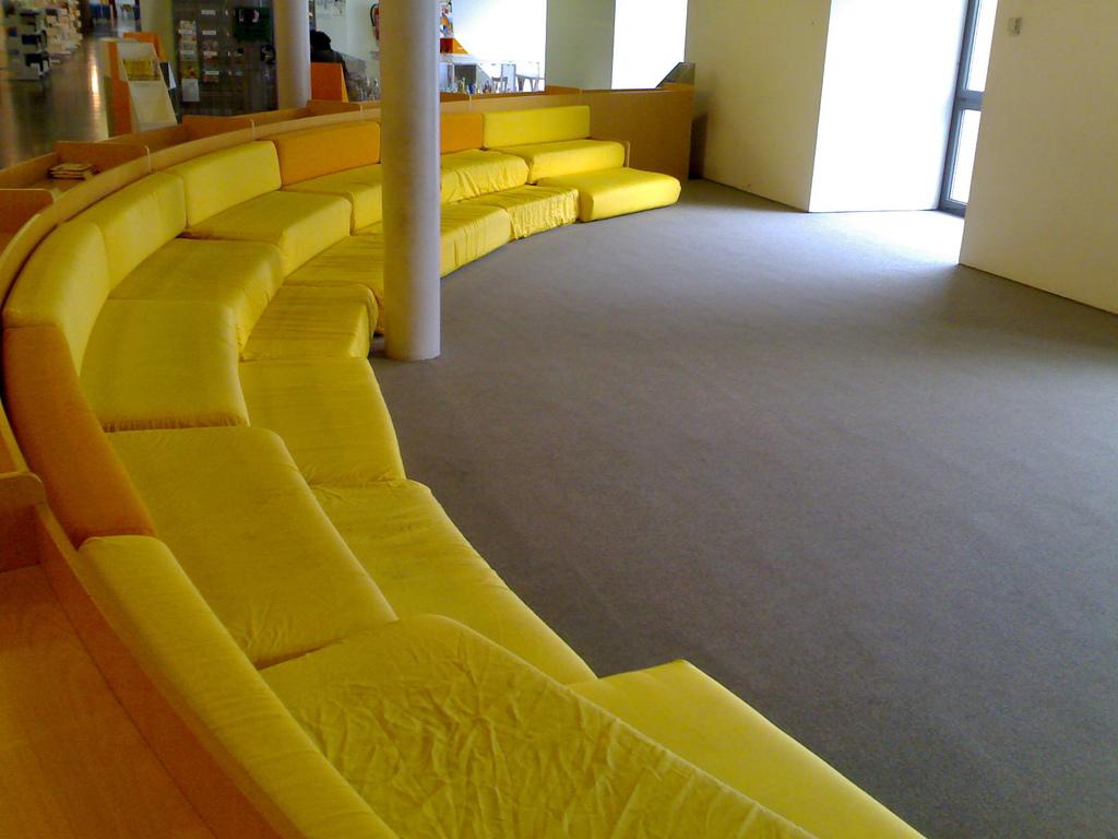 Yellow Seats in  Biblioteca Internazionale per Ragazzi E. De Amicis