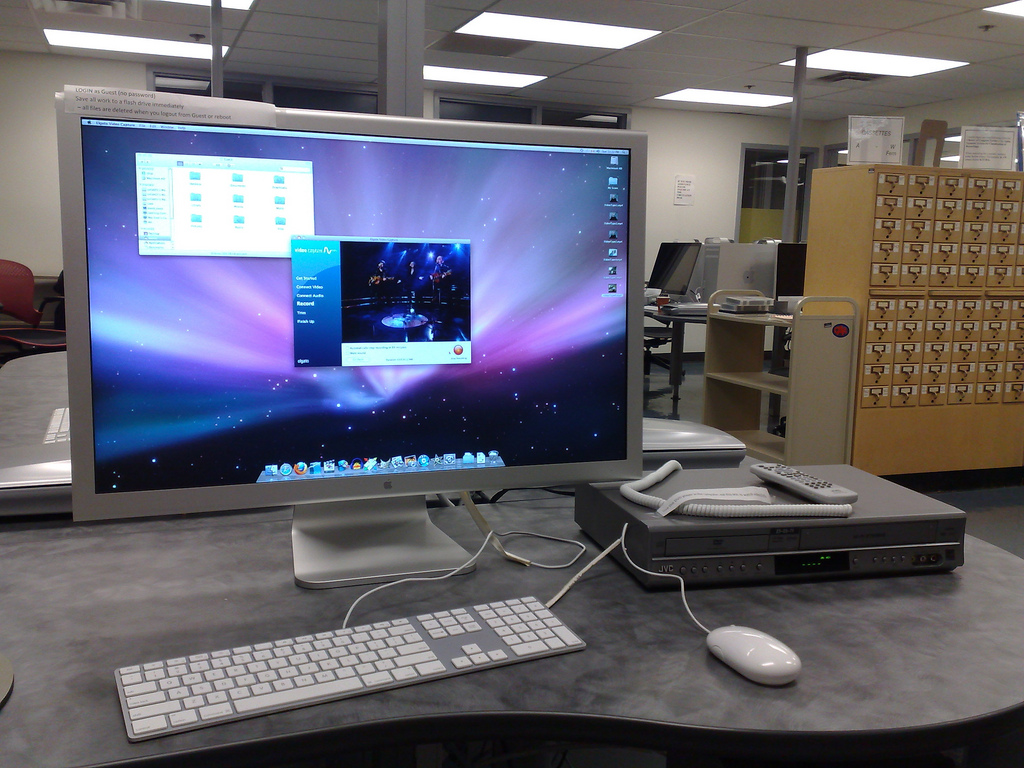 The VHS-to-Digital Workstation at the UPEI Collaboratory