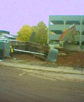 Fallen Truck on Fitzroy St.