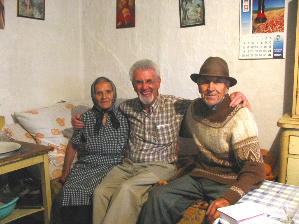 Photo of Manda, my father, and Ivo, in their house.