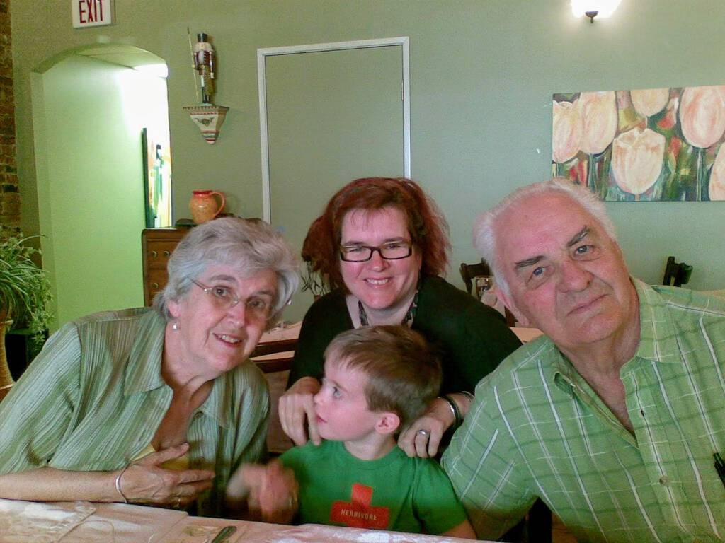 Family Photo: Marina, Catherine, Oliver and Grant.
