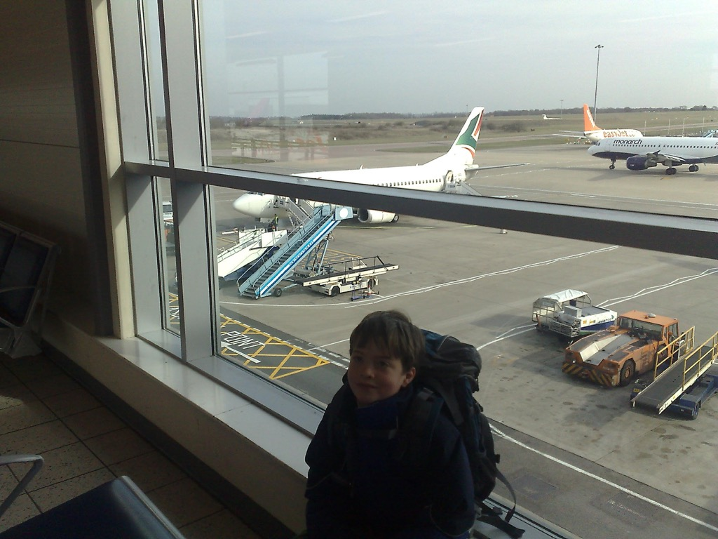 Oliver and the SkyEurope plane at Luton